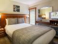 standard-room-02