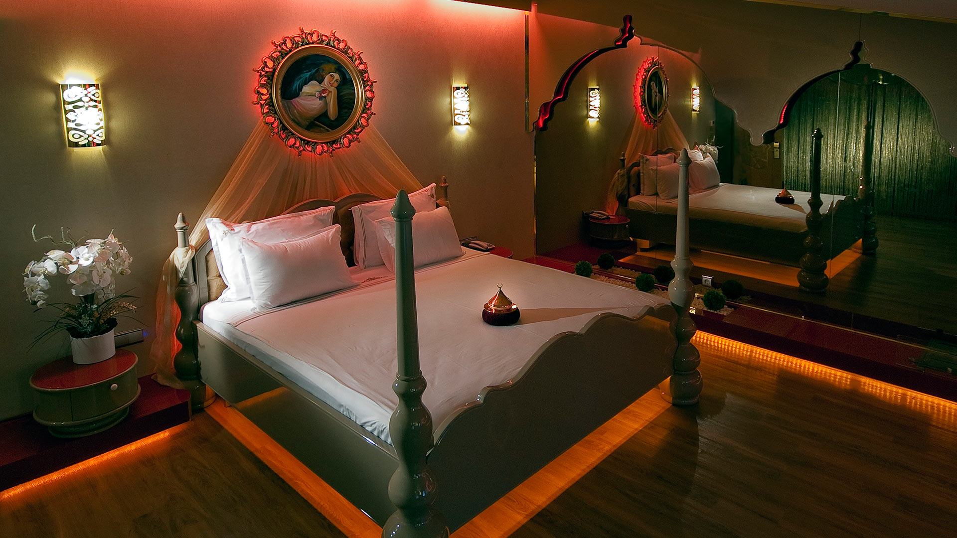 Hotel_Room_King_Size_Bed