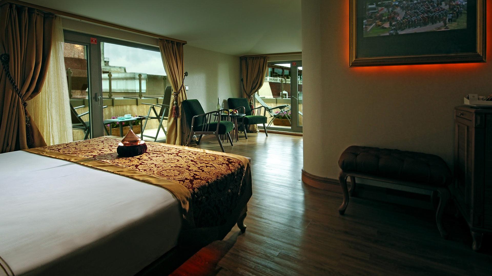 Hotel_Room_with_Balcony