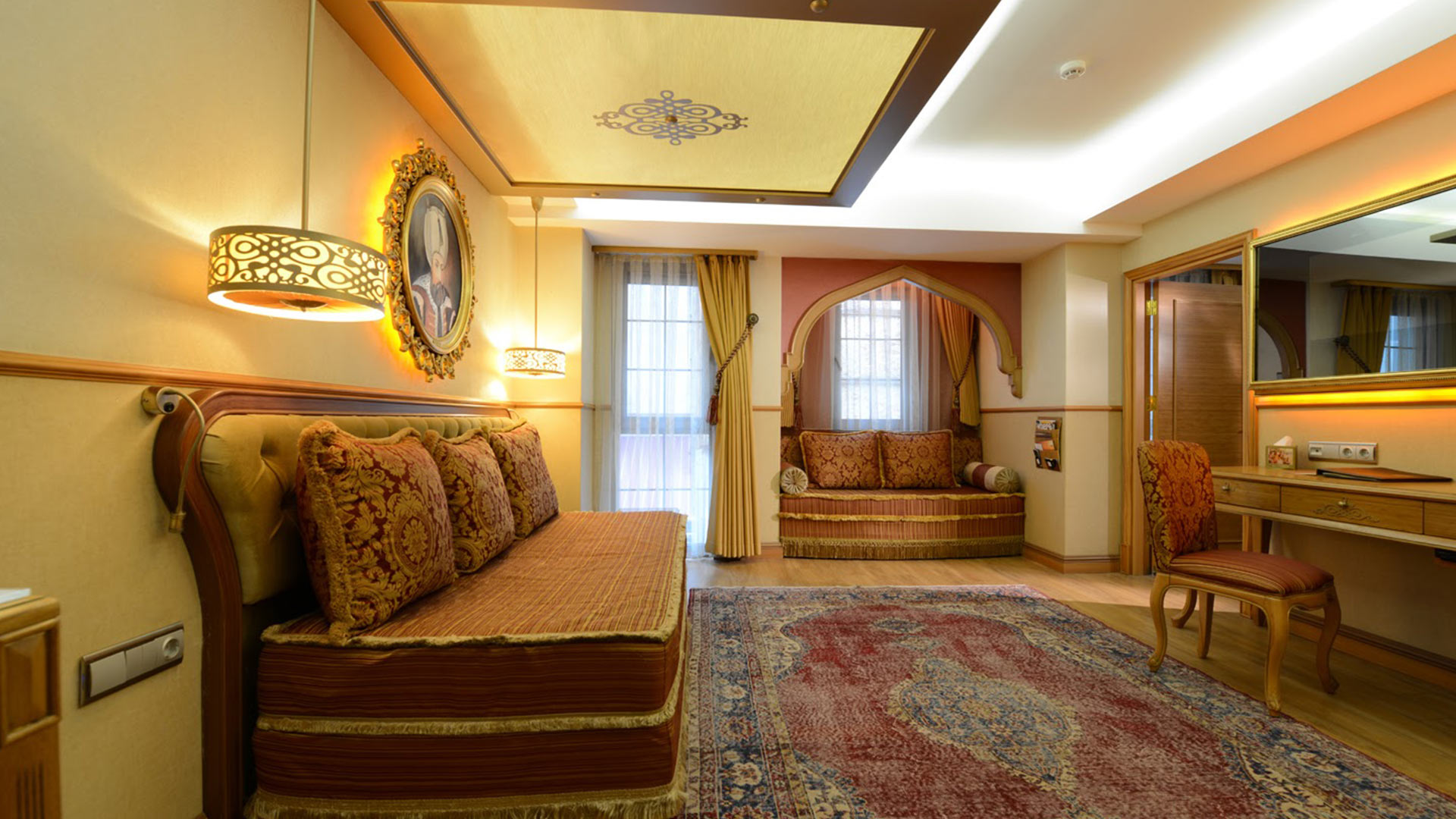 Hotel_Sultania_Family_Room_Living_Area