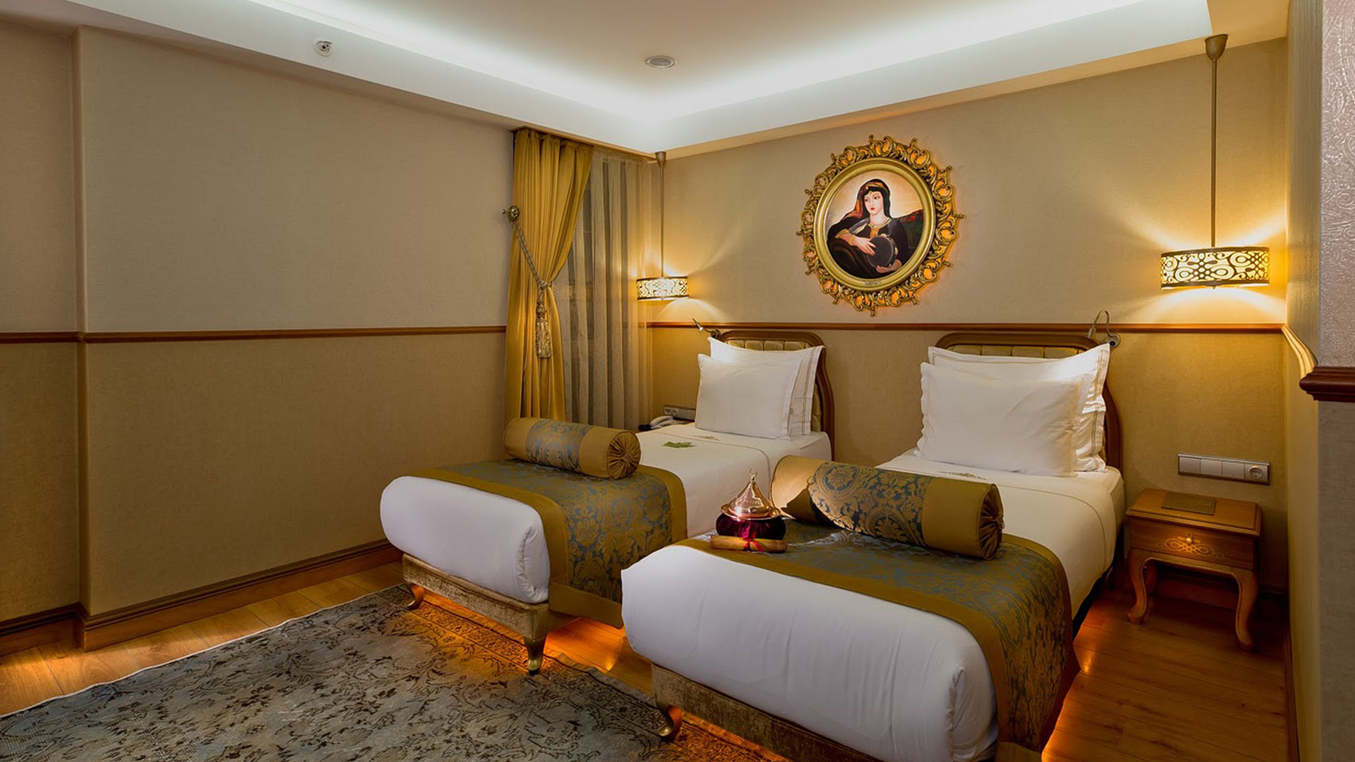 Istanbul_Hotel_Deluxe_Twin_Room