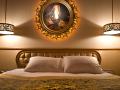 Hotel_Sultan_Queen_Bed