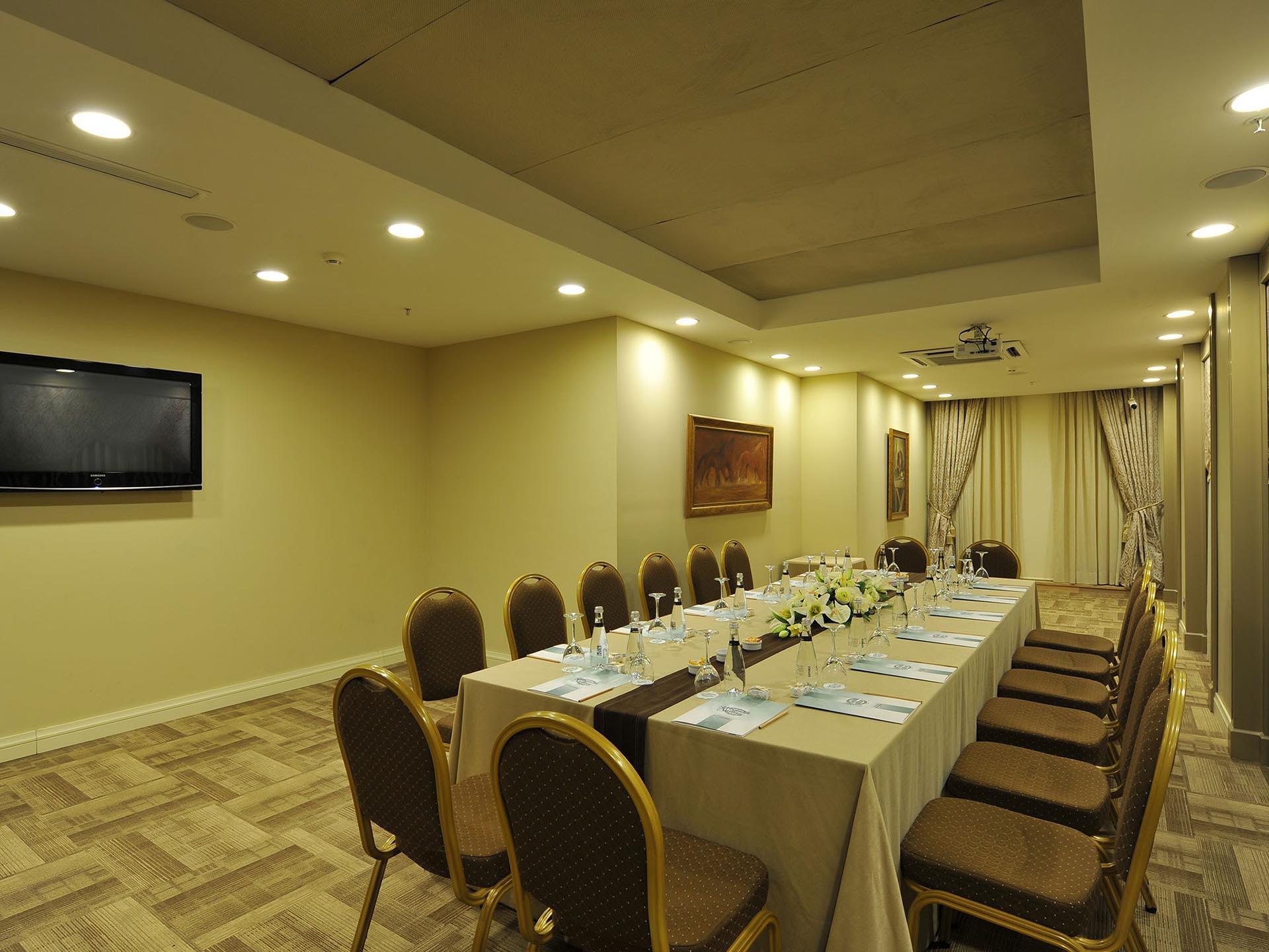 Hotel_Yasmak_Sultan_Meeting_Room